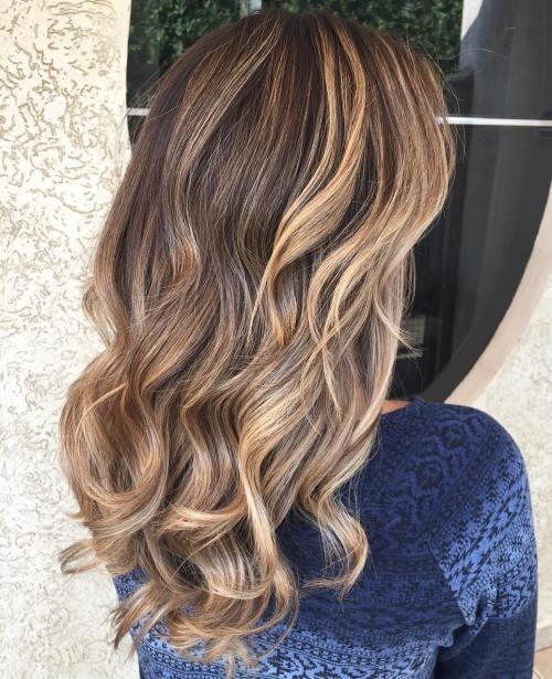 Curly Caramel Brown Balayage Haar