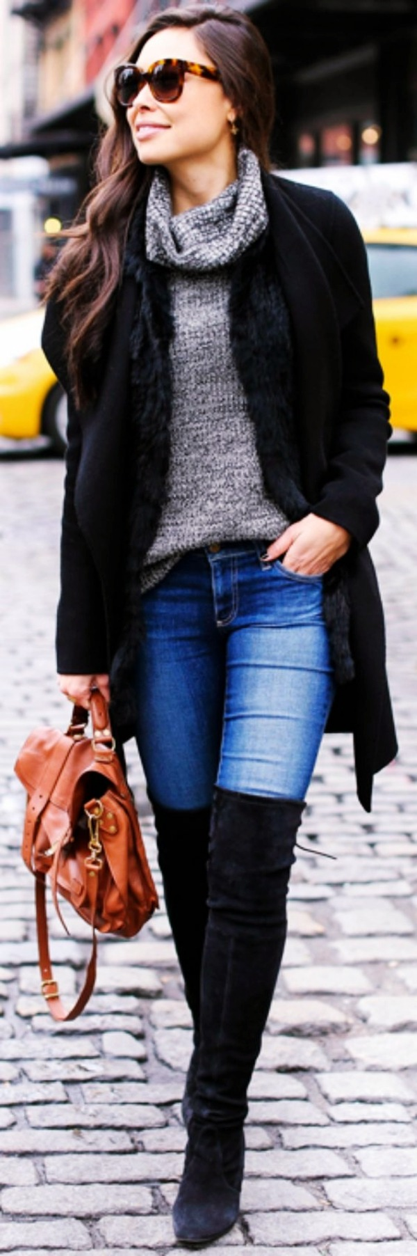 Neueste-Kniehohe Stiefel-Outfit-Ideen