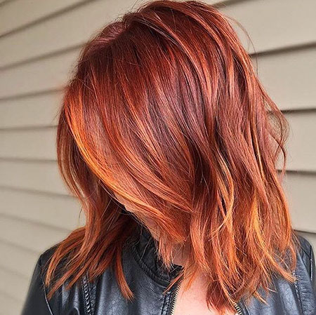 Kurze rote Haarfarbe-Ideen, rote Kupfer-Balayage-Schulter