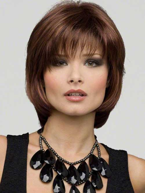 Beste Medium Länge Layered Bob Frisur Pony