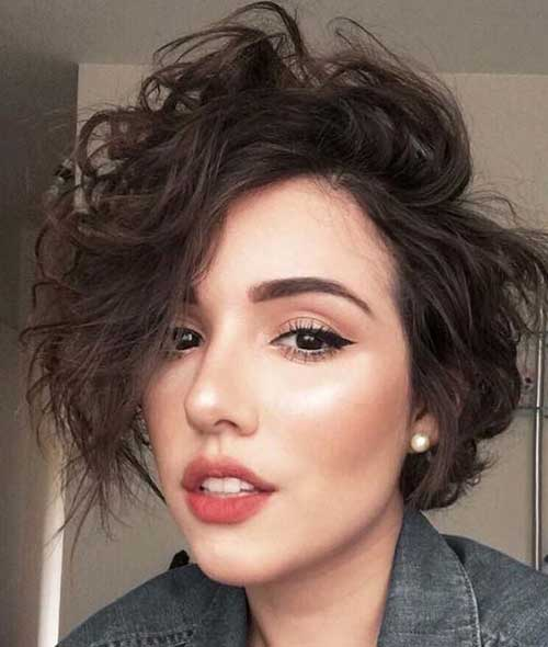 Curly Bob Frisuren
