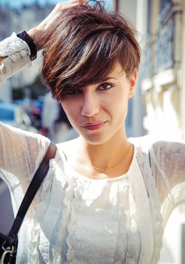Cute and Short Frisuren für Frauen (79)