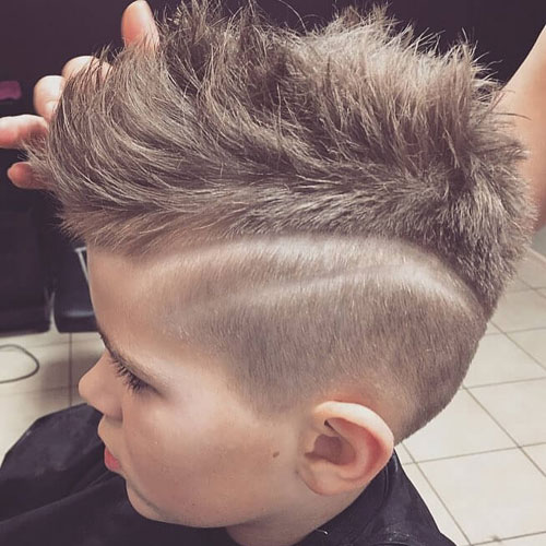 Trendy Boys Haircuts - Mohawk mit Fade