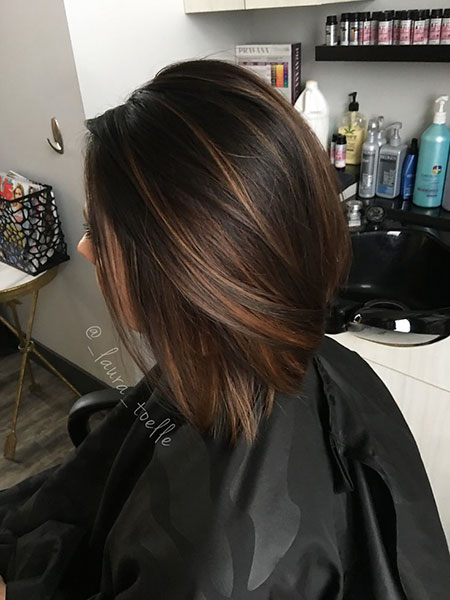 Braun Highlights Haar Karamell