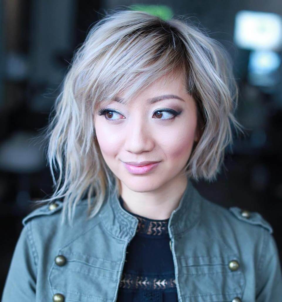 A-symmetrische Choppy Coole Blonde Bob