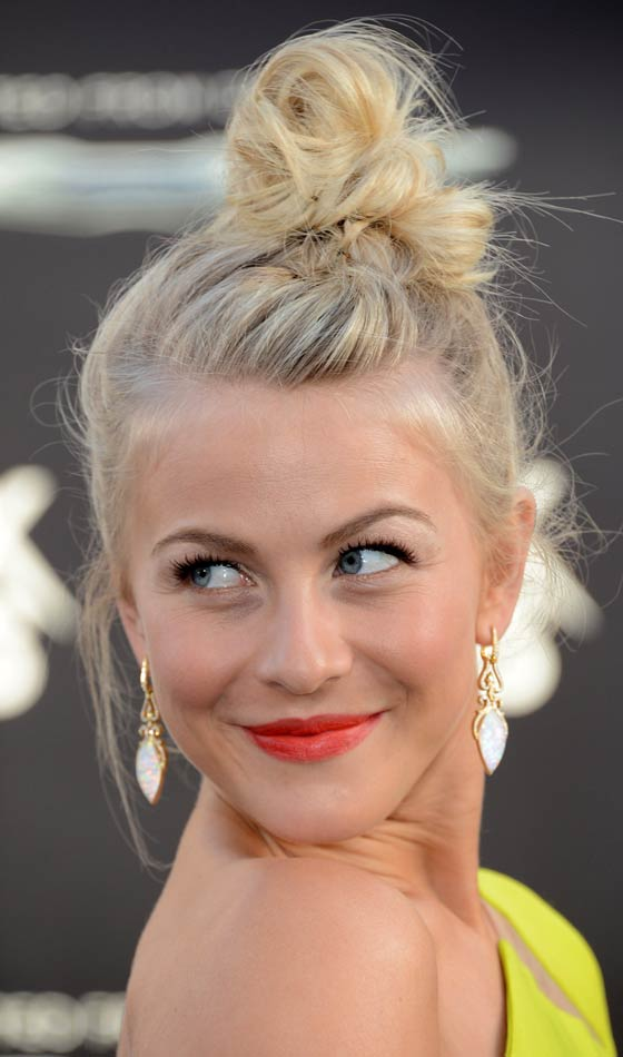 Chaotic Topknot