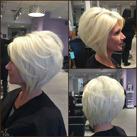 Kurze Bob Blonde Stacked Platinum Medium Layered