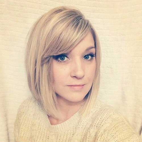 Bob Cut mit Side Swept Bangs