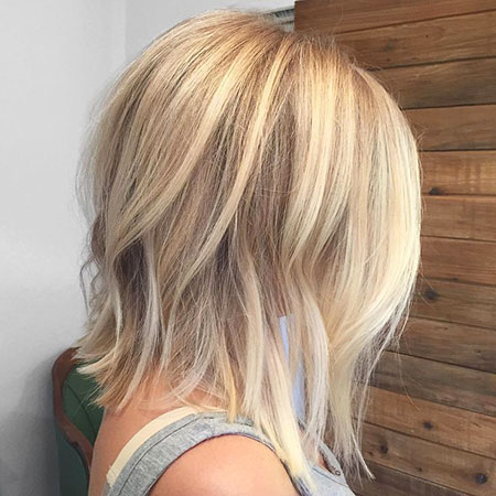 Blonde Highlights Balayage kurze lange Linie Bright Bob