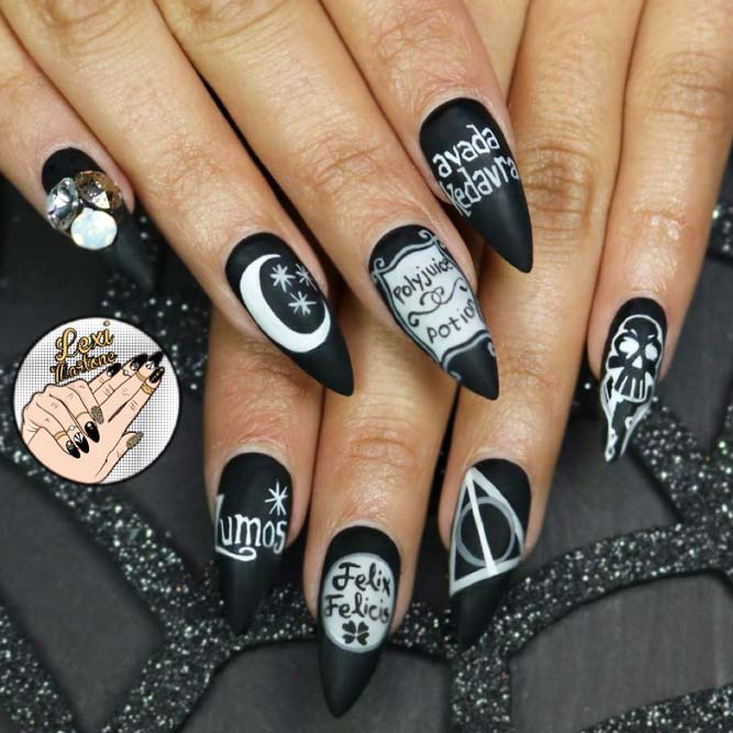 Dramatic Black Harry Potter Acrylnägel #stilettonails #blacknails #mattenails
