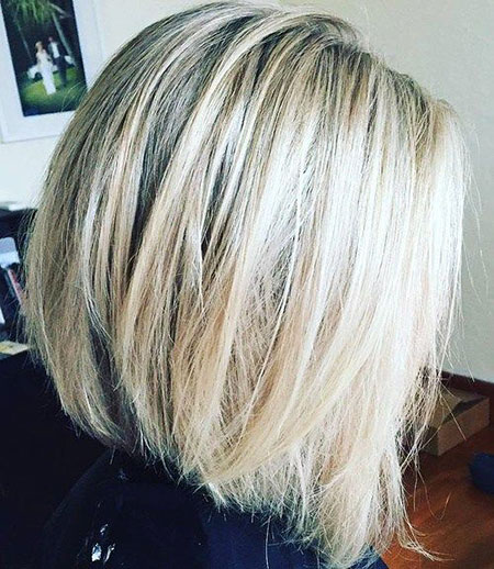 Bob Blonde Balayage Platinum Highlights Ash ohne