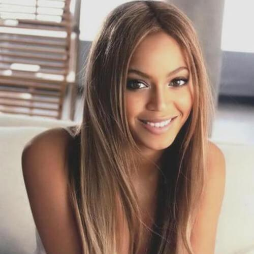 beyonce braunes Haar mit blonden Highlights