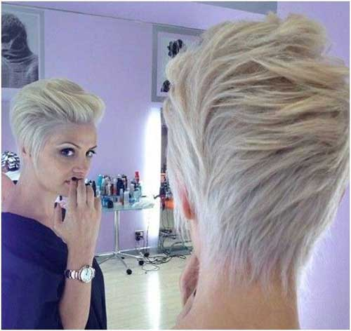 Kurze blonde Pixie Hair